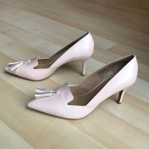 New baby pink Banana Republic leather shoes